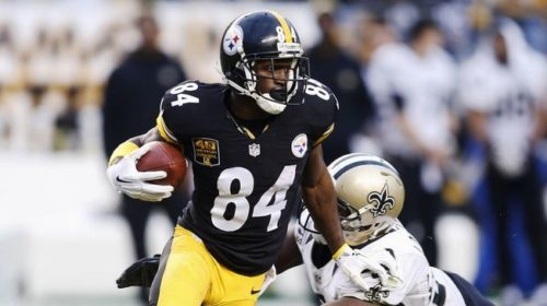Steelers receiver Antonio Brown pulls in a pass in exhibition game three against new orleans